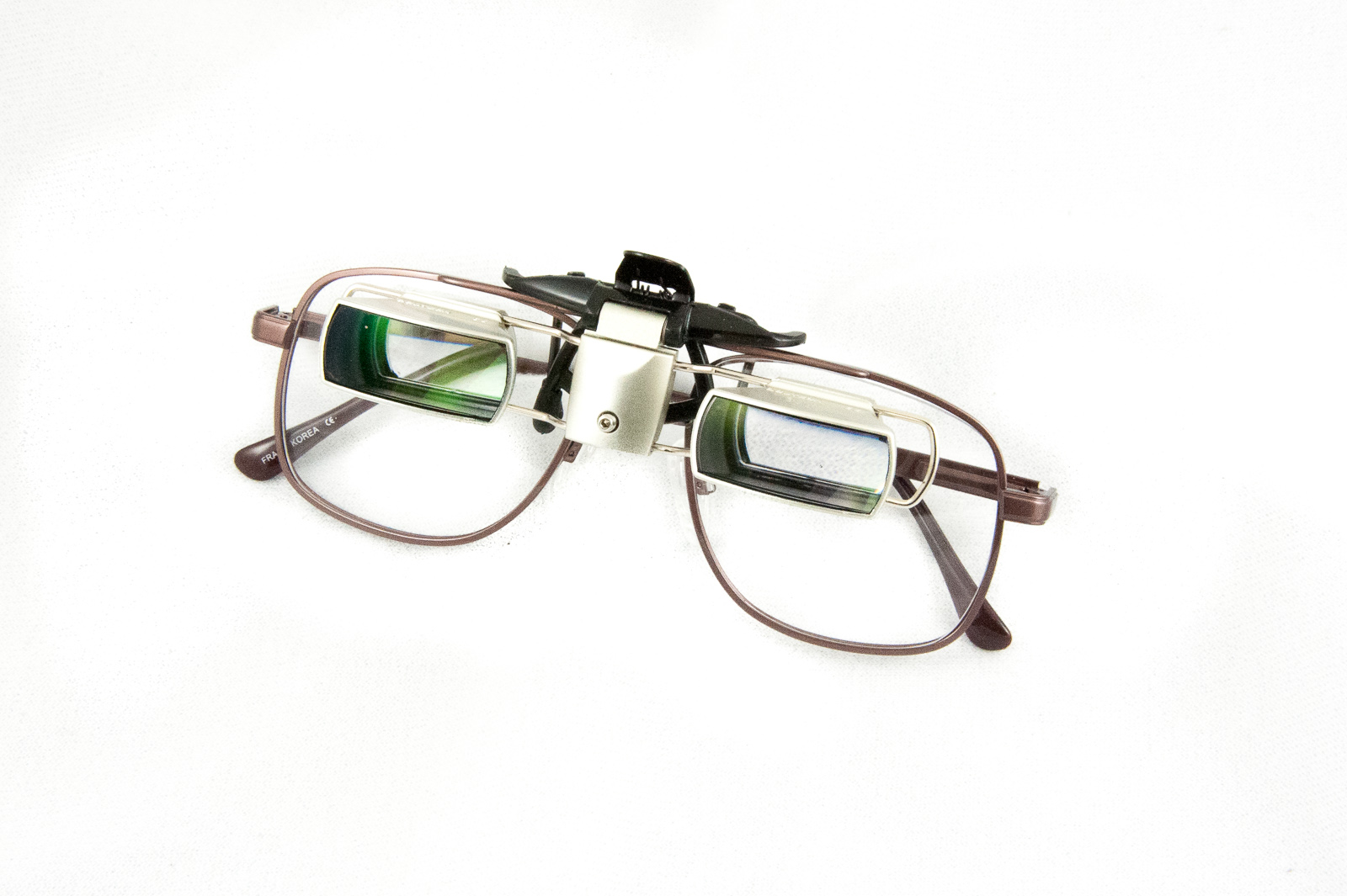 Image of Ocutech SightScope Flip on patient clip