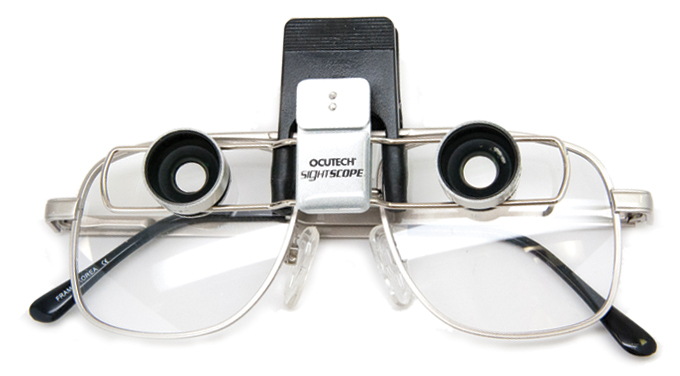 Photo of SightScope 0.5x FE for Tunnel Vision mounted on demonstrator clip