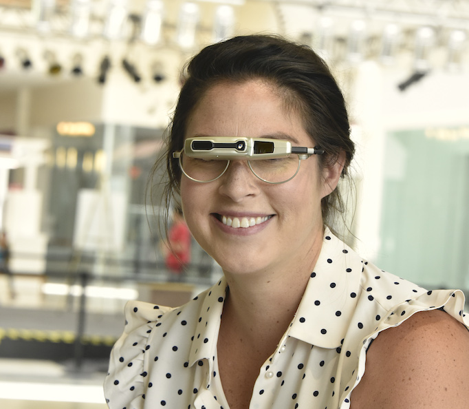 Image of woman wearing Ocutech Autofocus biotpic
